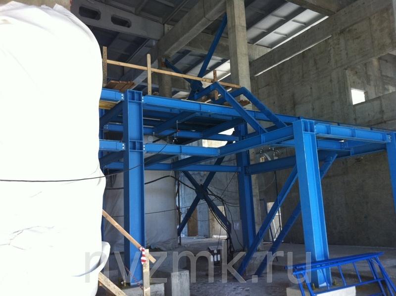 200 тонн сварного двутавра