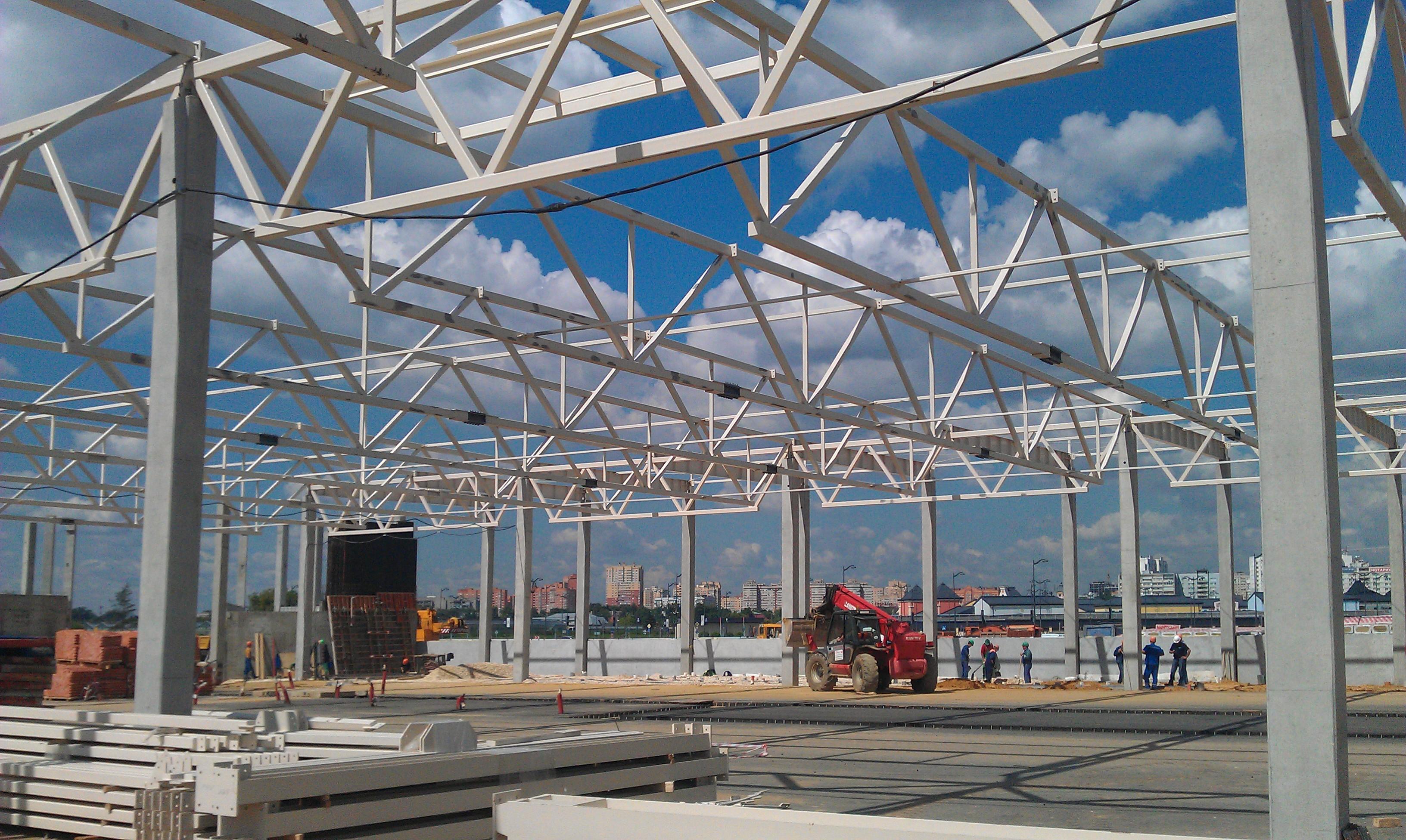 Строительство металлоконструкций нового гипермаркета во Владимирской области